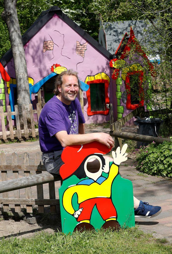Eigenaar Geert Prein van kinderpretpark Het Land van Jan Klaassen in Braamt hoopt vanaf 19 mei zijn buitenspeeltuin van 30.000 vierkante meter weer te openen.