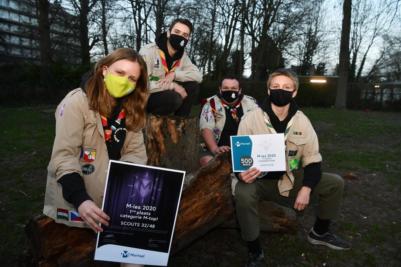 Scouts 32/48 wint de M-Top award.