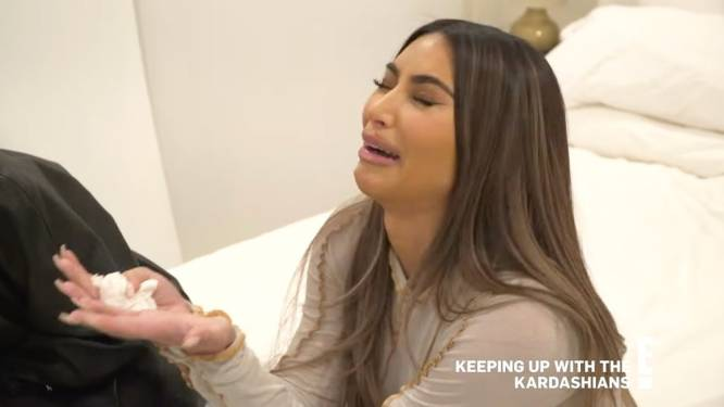 """En larmes, Kim Kardashian évoque son divorce: """"J'ai l'impression d'être une ratée"""""""