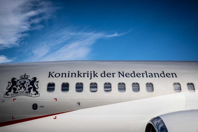 Het nieuwe regeringsvliegtuig PH-GOV op vliegbasis Woensdrecht.