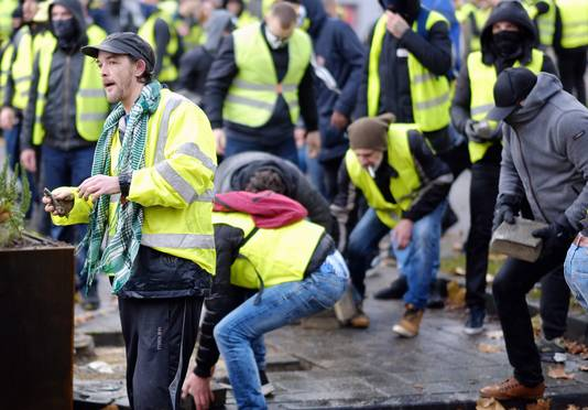 Veel betogers konden zich niet vinden in de gewelddadigheden en veroordelen het.