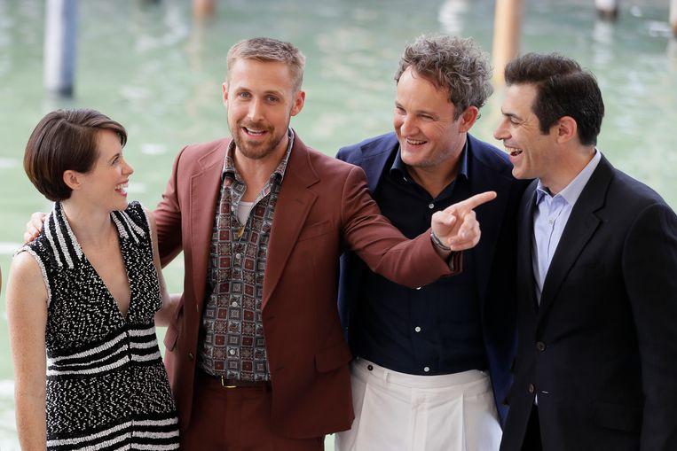 vlnr.: Acteurs Claire Foy, Ryan Gosling en Jason Clarke op het Filmfestival van Venetië. Beeld AP