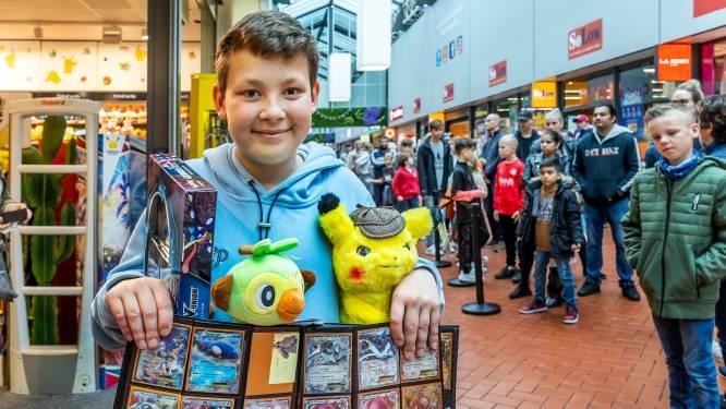 Uur in de rij voor Pokémonwinkel in Utrecht: 'Het loopt allemaal beetje uit de hand met de populariteit'