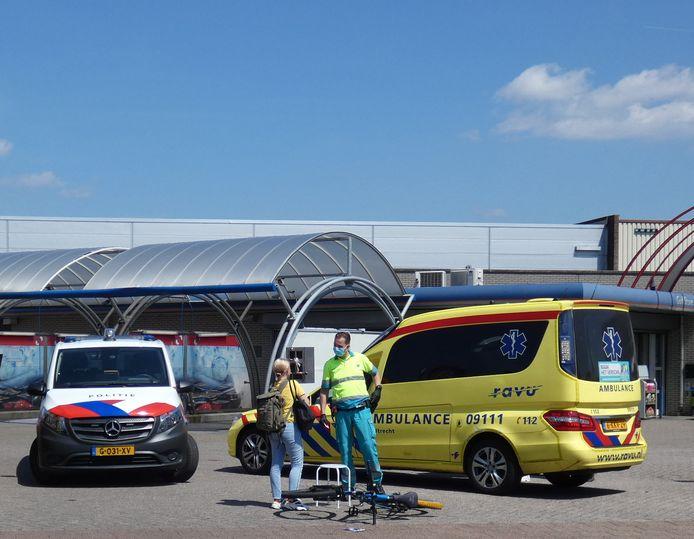 Het slachtoffer in gesprek met de hulpverlener in Veenendaal.