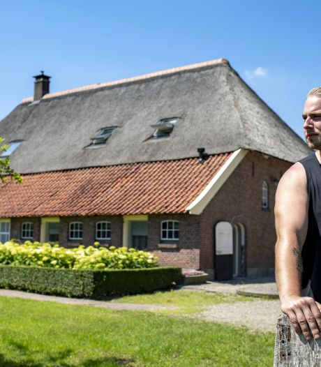 Kasteel Twickel decor nieuwe videoclip DJ Radical Redemption