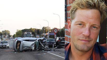 """""""Ik vreesde echt dat alle slachtoffers dood zouden zijn"""": Kenny (40) zag ongeval met 14 wagens voor zijn neus gebeuren en bood als een van de eersten hulp"""