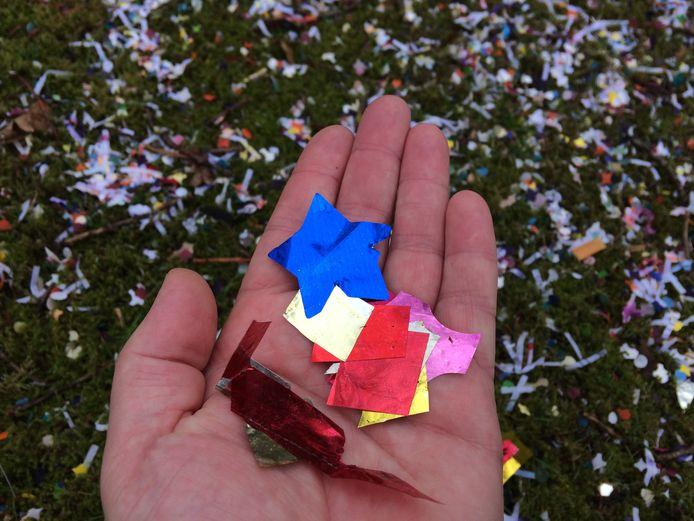 Snippers zoals deze, uit een confettikanon, zijn vanaf dit jaar verleden tijd op de kermis in Hummelo.