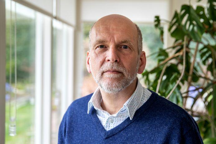 Jaap Borst (CDA) ziet paralellen tussen de Voorster politiek en de gebeurtenissen in de Tweede Kamer.