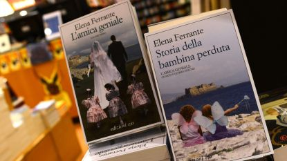 """Italiaanse schrijfster Elena Ferrante gedijt in anonimiteit: """"Alleen uitgever kent mijn echte naam"""""""