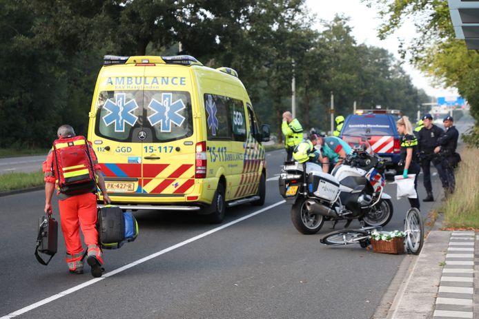 De fietsers werden aangereden op de kruising van de Benoordenhoutseweg met de Laan van Clingendael Den Haag