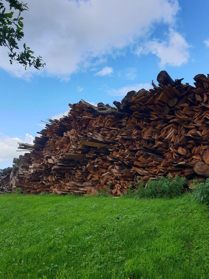 Nog altijd is er geen zicht op de installatie waar voor vier gemeenten (Best, Vught, Sint-Michielsgestel en Boxtel) snoeihout versnipperd moet gaan worden als grondstof voor duurzame producten.
