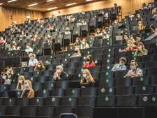 """""""Oefeningen delen mag niet, samenvattingen wel"""": UGent wil strengere regels voor verspreiden cursusmateriaal"""