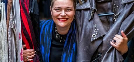 Margriet is kostuumontwerpster en verzorgde de kleding voor Carice van Houten, Barry Atsma en Michiel Veenstra