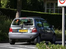 Gewonde bij kop-staart-botsing met 2 auto's in Losser
