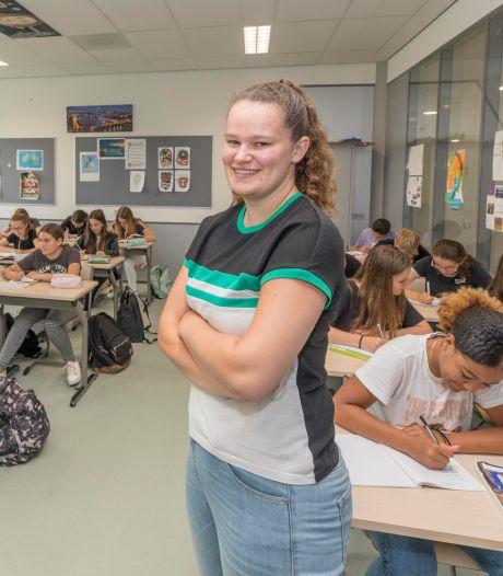 VWO-diploma op zak en meteen voor de klas: Dimara houdt nu toezicht op de 'jonkies'