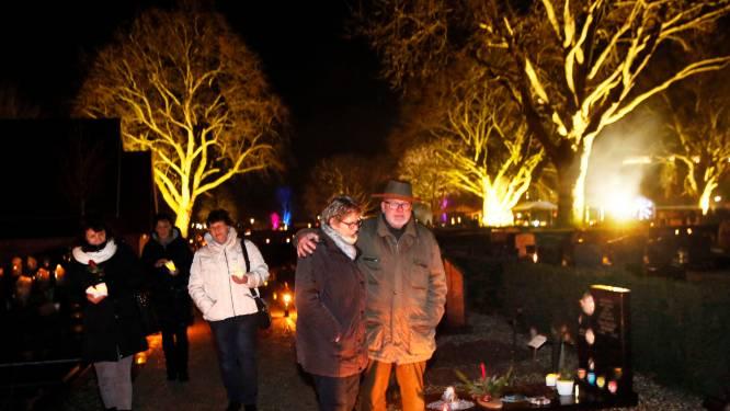 Alternatieve Lichtjesavond om te herdenken in Leerdam: 'Plaats een kaarsje voor de voordeur'