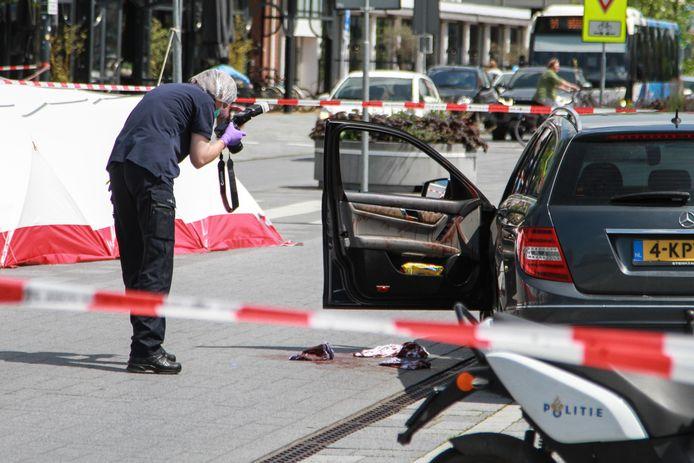 Een Iraanse dissident werd vorige maand in Leeuwarden met een mes aangevallen en levensgevaarlijk verwond.