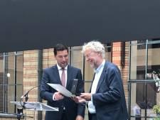 Stadspenning voor Hans Buurman: 'Hij wist het Kunstmuseum weer financieel gezond te krijgen'