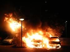 Twee auto's in vlammen op in Bezuidenhout