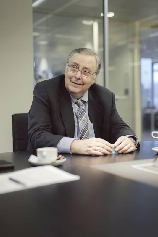 Luc Van den Bossche.
