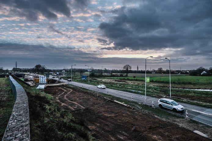 Komt er een zonnepark van 12 hectare aan de Europaweg in Doetinchem of tóch een nieuwe woonwijk?