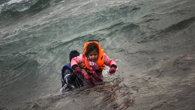 Minstens 36 dode vluchtelingen aangespoeld in Turkije