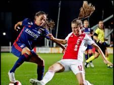 Ajax Vrouwen in eigen huis kansloos onderuit tegen Lyon