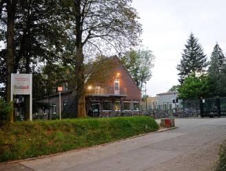 """93 asielzoekers in Sint-Truiden besmet: """"Centrum op slot tot midden maart"""""""