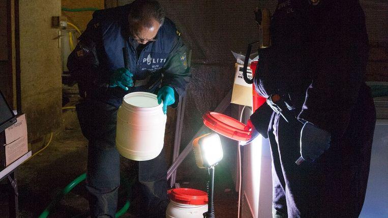 Bij de inval in Brunssum vond de politie een grote hoeveelheid drugs. Beeld POLITIE