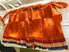 Waar gaat het oranje bevrijdingsrokje van Henk Konings uit Bergeijk naartoe?