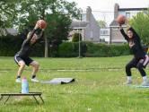 Enschedese basketballers geven workouts in het park 'Iedereen bij Amical doet enthousiast mee'