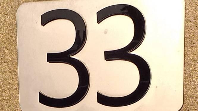 Nog dit jaar komen er nieuwe reflecterende huisnummers in Begijnendijk