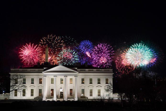 Vuurwerk boven het Witte Huis aan het einde van de dag.