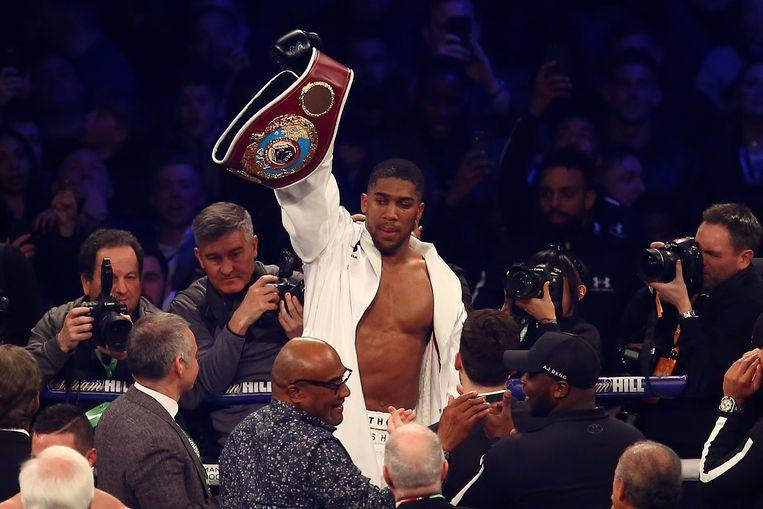 De Britse bokser Anthony Joshua na zijn overwinning tegen de Nieuw-Zeelander Joseph Parker.
