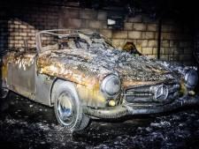 Weinig over van oude Mercedes en caravans in Someren na uitslaande brand