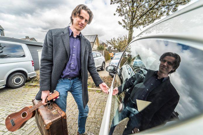 Thuisblijver (Man met Koffer) Laurence de Groot
