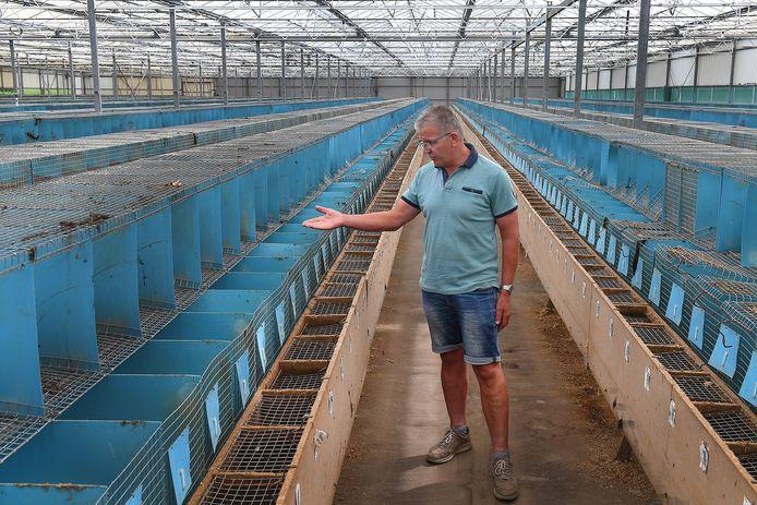 De stallen van Joost Willems zijn leeg. Alle Nertsen zijn weg.
