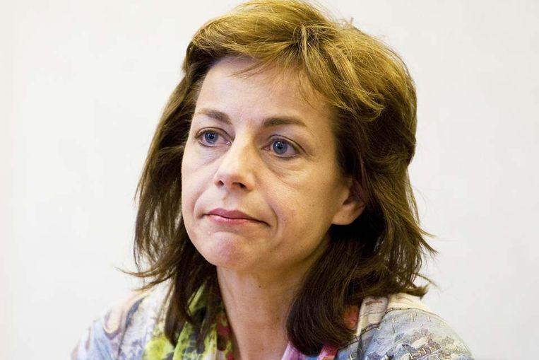 Agnes Kant tijdens de persconferentie waarin ze bekend maakt zich per direct terug te trekken als lijsttrekker en als fractievoorzitter van de SP. De beeldvorming over haar zat de partij in de weg, vond Kant. (ANP) Beeld ANP