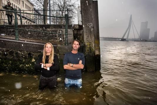 Jeannette den Boer en Stefan Coppers reizen voor de videoserie Waterlanders de wereld over om te ervaren hoe klimaatverandering het dagelijks leven elders op aarde nu al ontregelt.