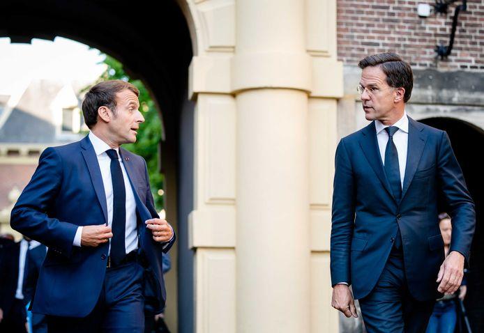 President Emmanuel Macron en premier Mark Rutte.