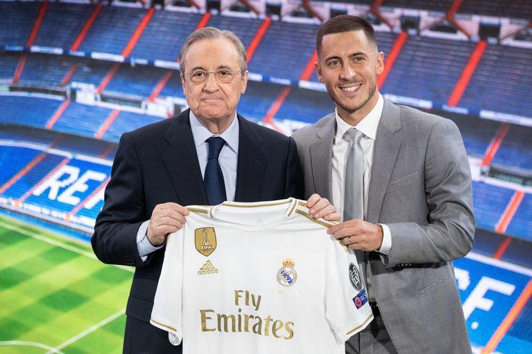 Real Madrid-voorzitter Florentino Perez met Hazard.