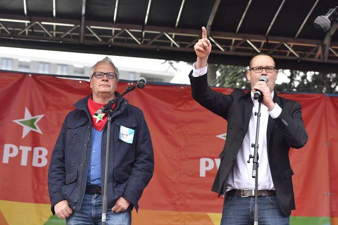 Le porte-parole du PTB Raoul Hedebouw (d).