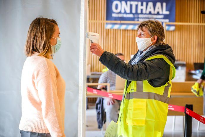 Het vaccinatiecentrum in Kursaal Oostende blijft nog tot 9 oktober open.