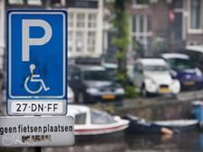 Grootschalig misbruik parkeerplekken voor gehandicapten vermoed