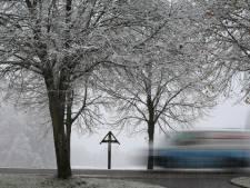 Autorijden bij gladheid? Zo voorkom je dat je de macht over het stuur verliest