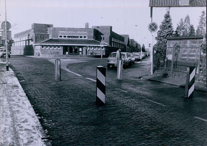Leeszaal Vondelstraat in 1983.