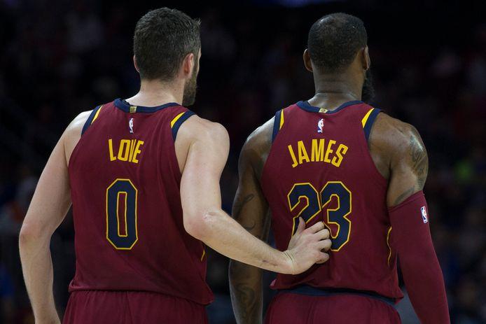 Kevin Love en LeBron James.
