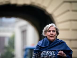 Crisissfeer rond Bijleveld: waarom blijft ze terwijl Kaag gaat? 'Dat oogt gek'