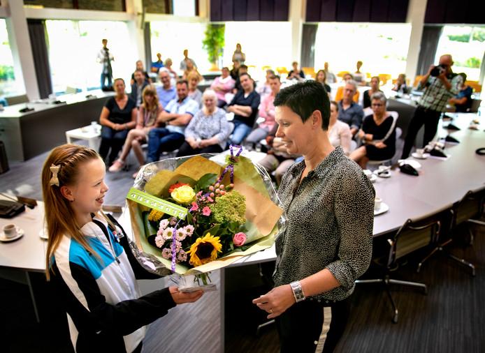 De Laarbeekse kampioenen werden woensdag op het gemeentehuis in het zonnetje gezet.