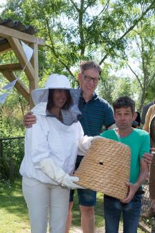 De dames moeten er keihard voor werken op de Stadsboerderij in Zierikzee; 'Binnen een maand zit het hier helemaal vol'